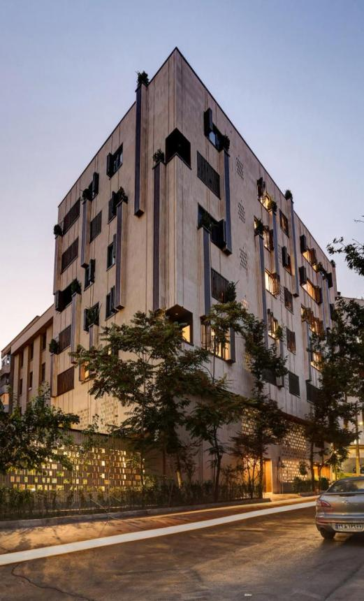 AlirezaMashhadimirzaArchitects, Teheran (IR) A house with a green neighbourhood, Teheran (IR)