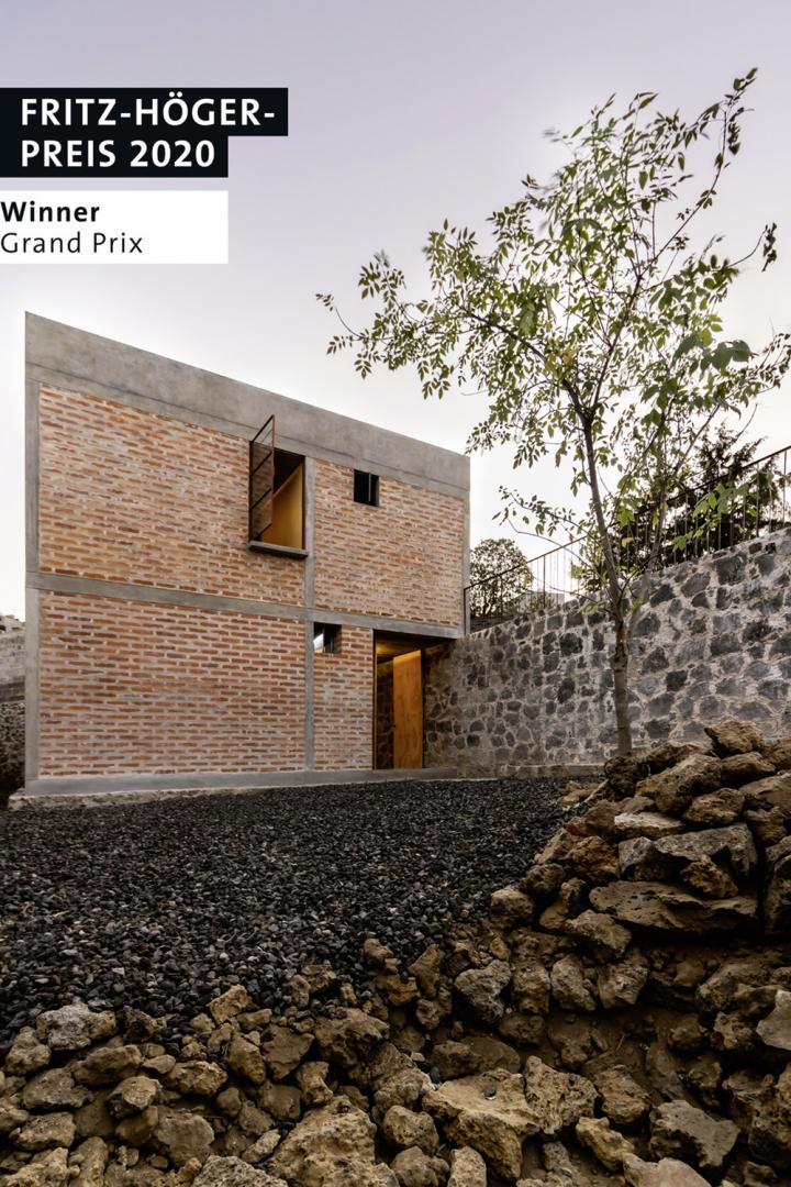 Winner Grand Prix, Nakasone House, Mexiko-Stadt/Mexiko